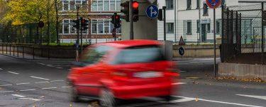 Rote Ampel überfahren in der Probezeit: Das sollten Sie jetzt tun