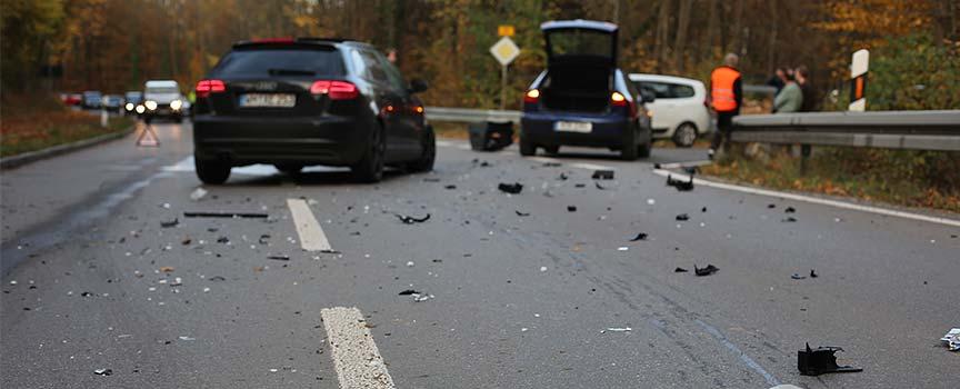 Wie verhalte ich mich richtig bei einem Verkehrsunfall?